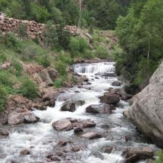The Streamside and Fowler trails surround South Boulder Creek, offering plenty of chances for photos of the steep cliff walls and flowing water. (Chris Etling/Arizona Daily Sun)